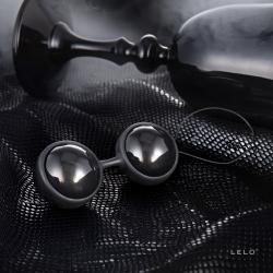 LELO Luna Noir- variálható gésagolyók